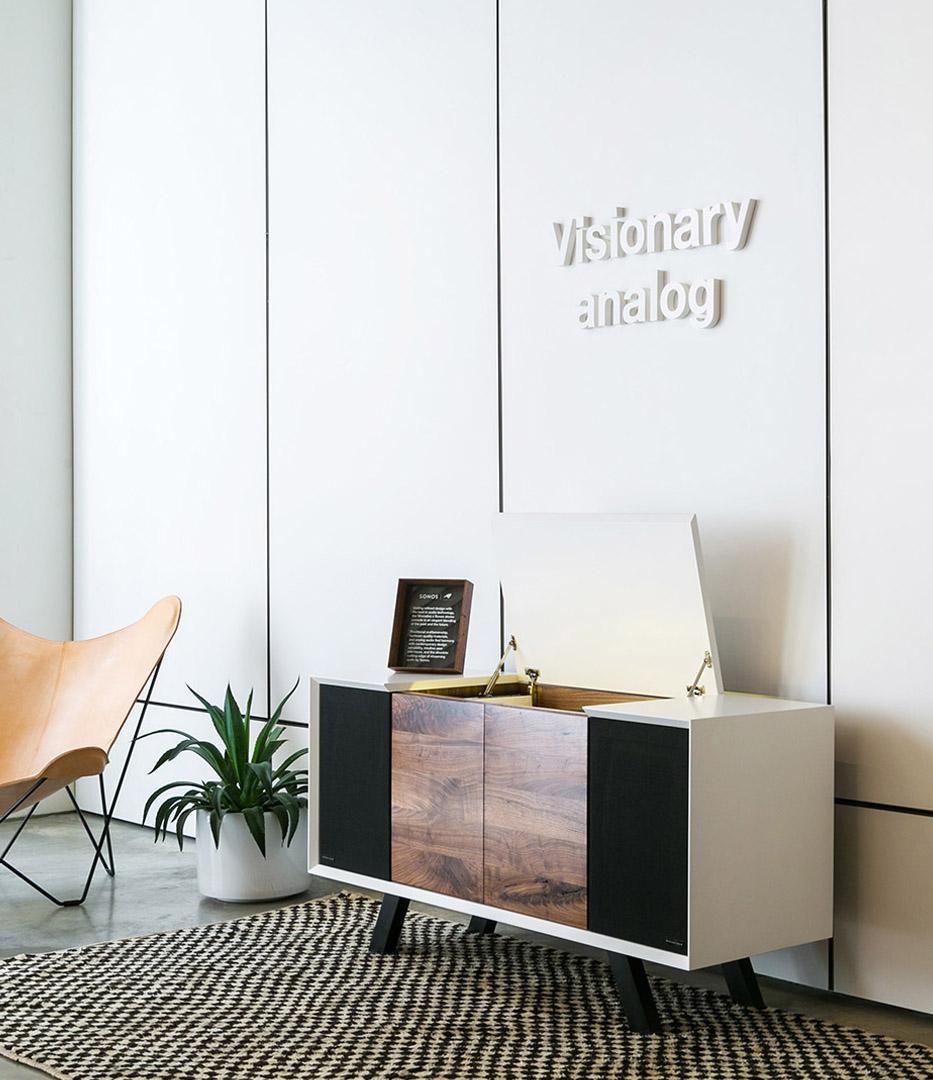 Sonos soho signage Visionary Analog